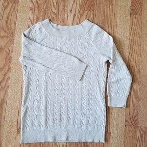 ❤ Loft round neck sweater